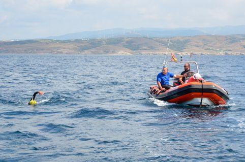 Cruzar el Estrecho - Fundación Khanimambo