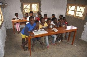 La primera Escolinha de Khanimambo, en 2008.