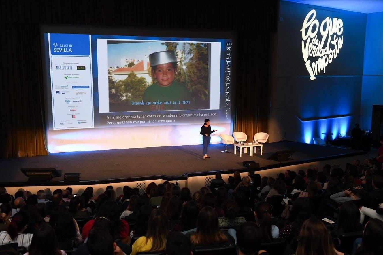 Alexia en Sevilla en Congreso Lo que de verdad Importa