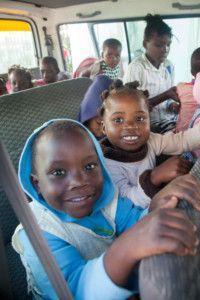 Transporte Escolar de la Fundación Khanimambo