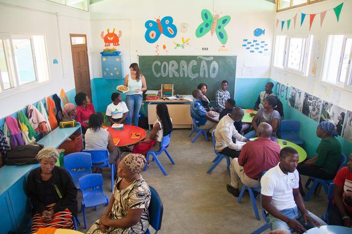 Reunión de equipo en Khanimambo