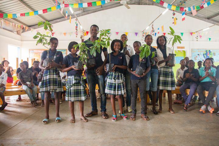 premios en el Salón Verde del Centro Munti de la Fundación Khanimambo