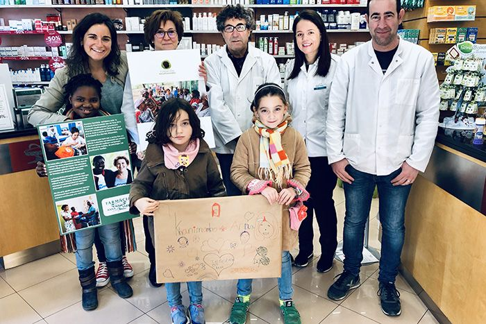 la farmacia Anna Sabrià de Terrassa colabora con la Fundación Khanimambo