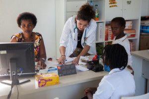 María voluntaria del Programa de Salud de la Fundación Khanimambo
