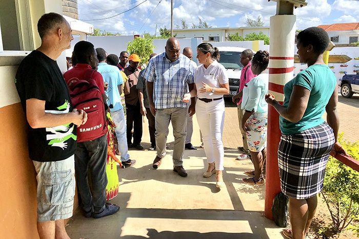 Presidente do Município de Xai-Xai visita el Centro Munti de la Fundación Khanimambo