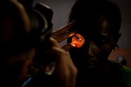 Motivar y ver bien - Ocularis Joan Prat colabora con la Fundación Khanimambo