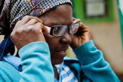 Blog - Fundación Khanimambo, Gafas para todo el mundo