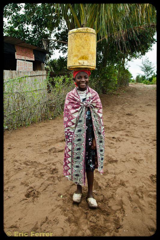 Blog - Fundación Khanimambo, Todo en la testa