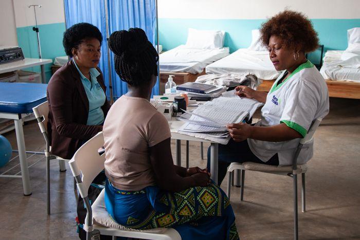 Jornada de planificación familiar en la Fundación Khanimambo