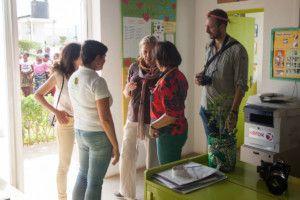 Una visita muy esperada - En la oficina del Centro Munti de Khanimambo