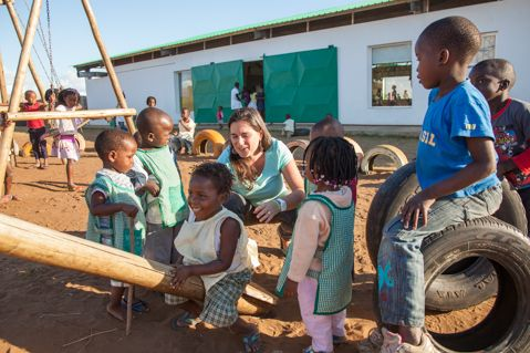 Blog de la Fundación Khanimambo - Como cuesta ayudar