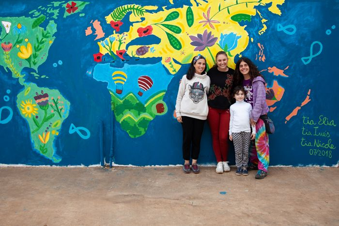 Elia, Inés y Nicole, voluntarias en la Fundación Khanimambo