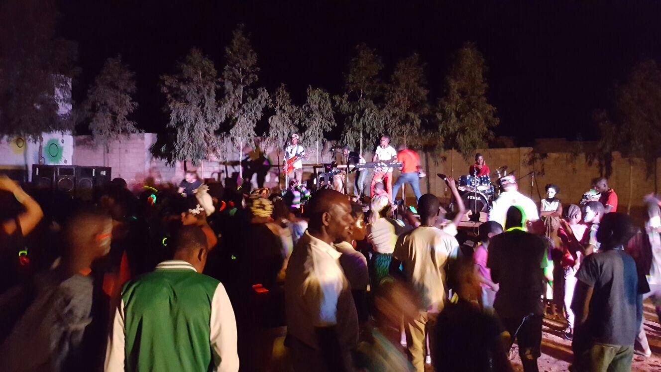 I Festival de Colores en Centro Munti de la Fundación Khanimambo