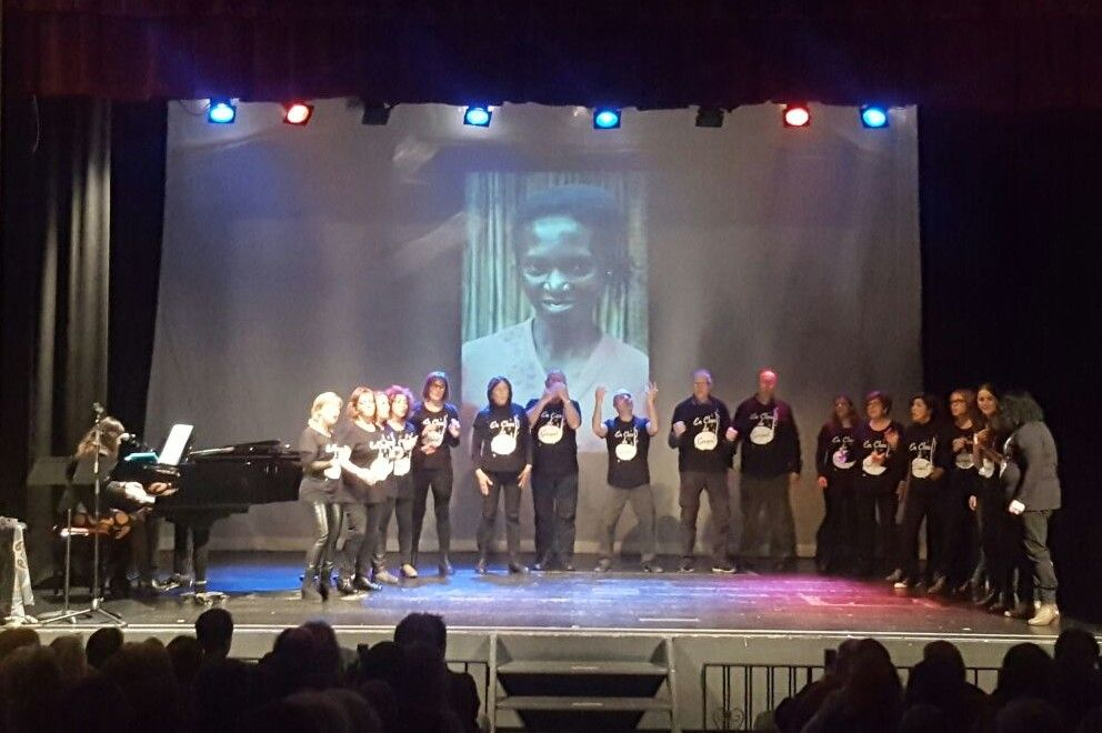 Cantada Coral en Teatre de Sarrià para la Fundación Khanimambo 2017