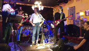 De aniversario en el Alfa Bar con un concierto solidario