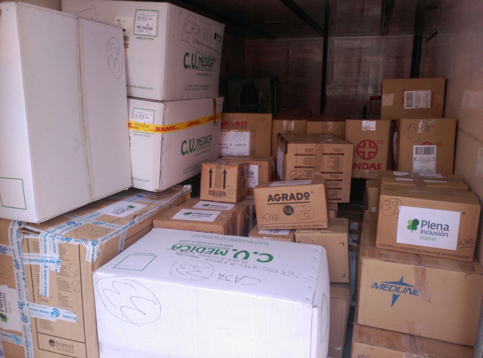 Plena Inclusión Madrid: ¡Material donado camino a Mozambique!