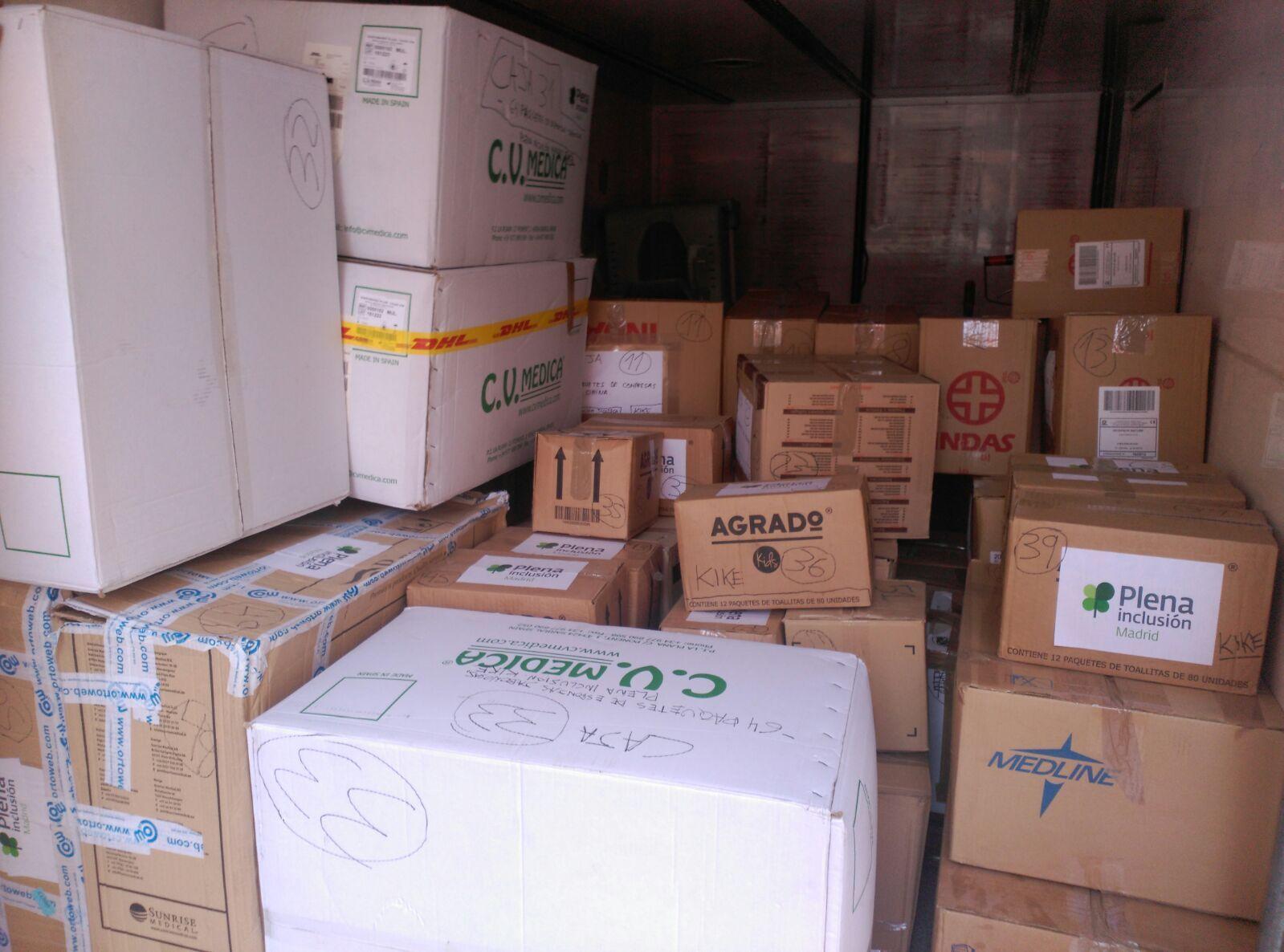 Material donado para la Fundación Khanimambo